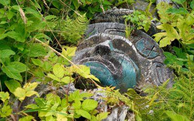 A Totempole for the Ancestors